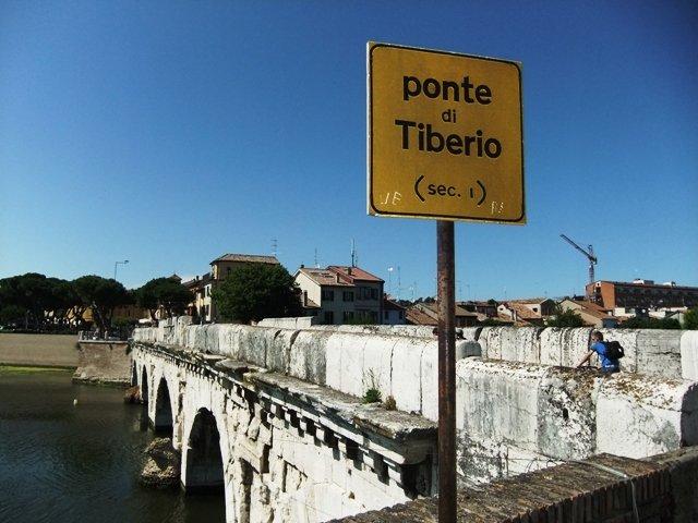 Ponte de Tibério, Rimini. Foto: Arquivo pessoal.
