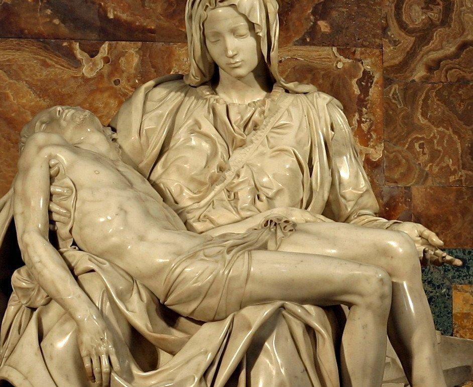 """""""A Piedade"""" de Michelangelo, Basílica de São Pedro, Vaticano. Foto: Wikipedia."""